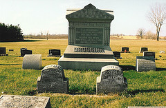 Grave of Dirk John Bruggink and his family in Sheboygan, WI.