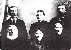 Jan Hendrik Scheevel and Janna Wikkerink family.